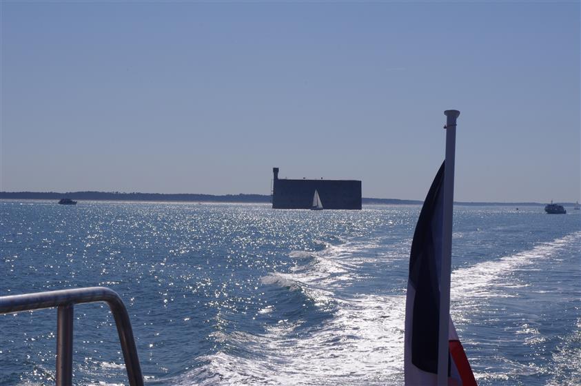 Fort Boyard S 233 Jour 224 Ol 233 Ron Charente Maritime Hotel